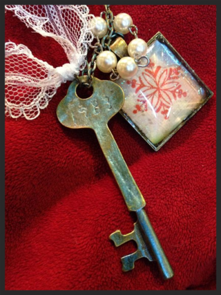 Winter key necklace